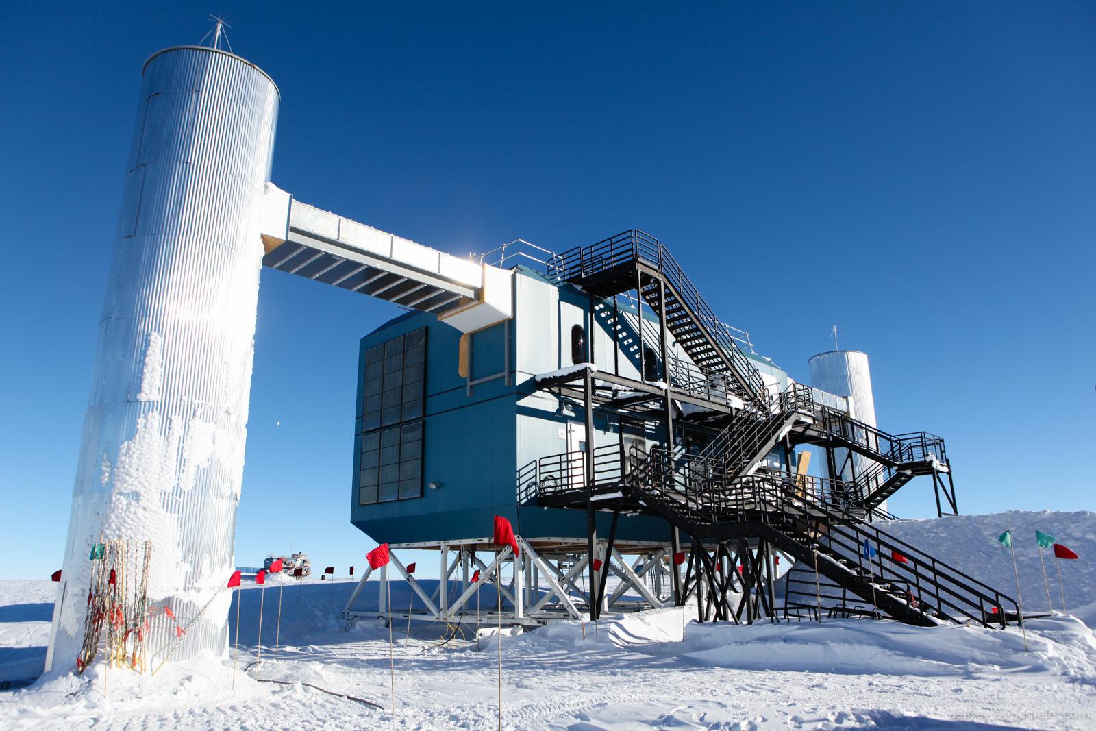 IceCube Neutrino Observatory in Antarctica Confirms ...Icecube Neutrino Observatory Core